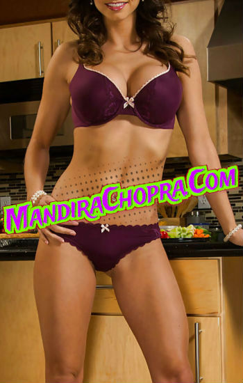 Jiya Delhi Housewife Escorts Low Price Service
